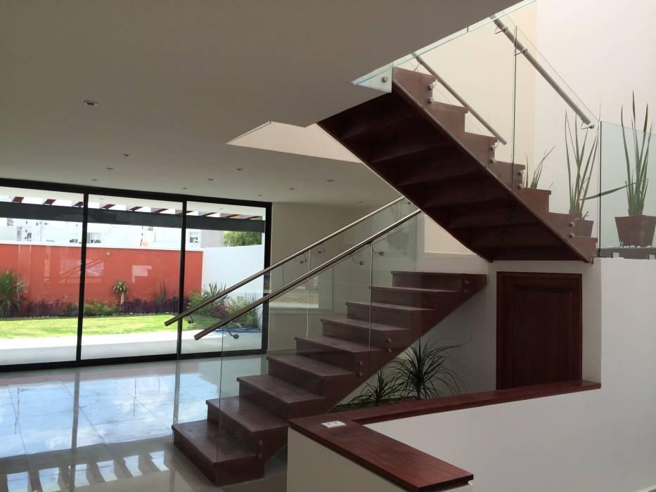 Elegir la iluminaci n adecuada para cada habitaci n megalamparas fabrica de lamparas en guatemala - Iluminacion de escaleras ...